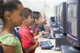 children at the computer